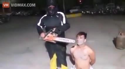 Brutal Execution. Courtesy of Chechnya.. Oh God... I think I'm gonna be sick