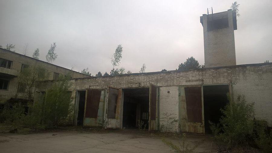 Another Cheeki Breeki Tour. Sarachem Terminus's journey in Chernobyl, Pripyat. Shared on Facebook, 100 Rads Stalker Fan group. Content shared with his approval. stalker game chernobyl Tour pripyat places Cheeki Breeki